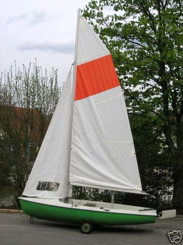 TWIGGI 2-Mann-Jolle gebr. 3,75m x 1,42m, ca. 75 kg, Groß: 6,2 qm