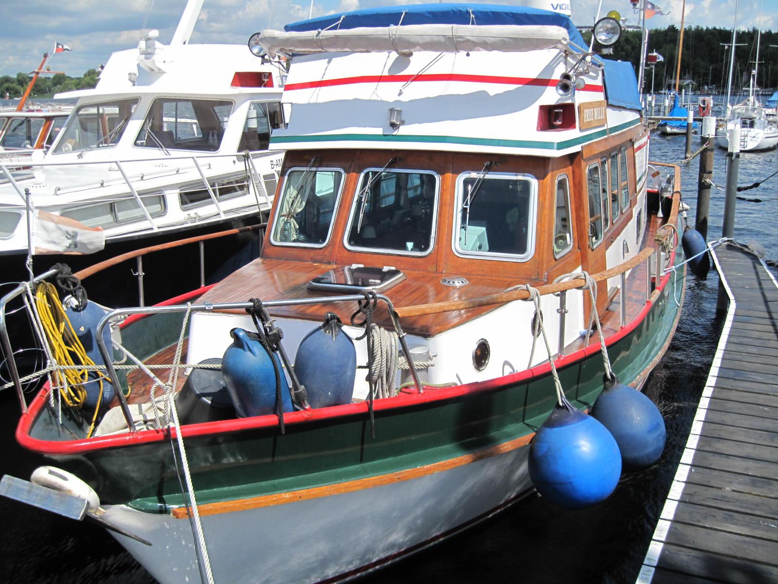 Holland-Trawler überkomplett ausgestattet