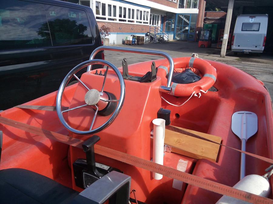 Sportboot / Motorboot / Speedboot / Aussenborder / FUN YAK 4,20 Länge.