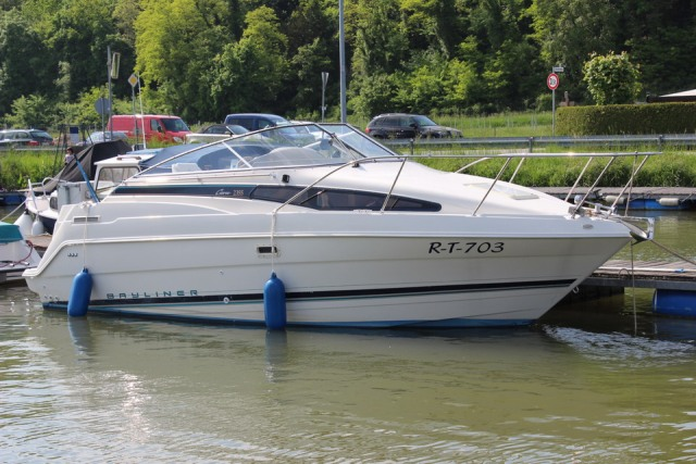 Motorboot Bayliner Ciera 2355 mit Trailer ! Top Zustand!