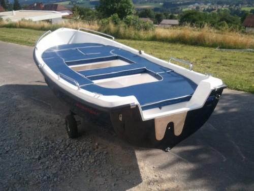 neues 430 x 170 cm gfk boot angelboot fischerboot. Black Bedroom Furniture Sets. Home Design Ideas