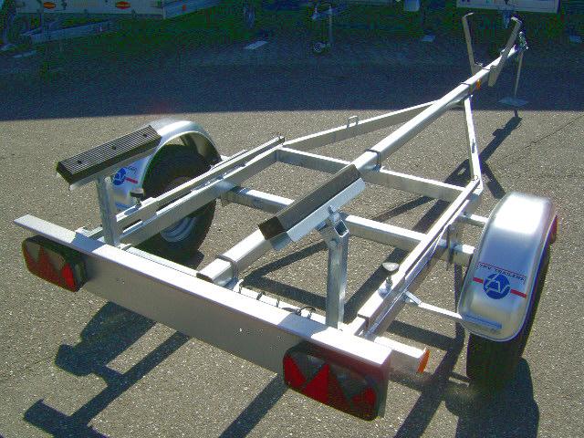 Bootstrailer für Boote bis ca. 4,50 m – Nutzlast ca. 450 kg