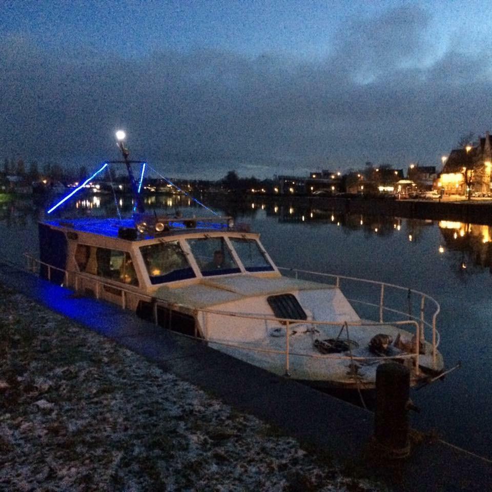 Boot Schiff Motoryacht Kajütboot GFK