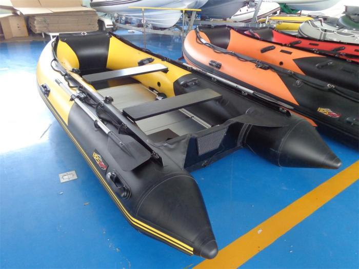 Schlauchboot 3,70m x 1,70 mit Aluboden und viel Zubehör  von HPS-Boats
