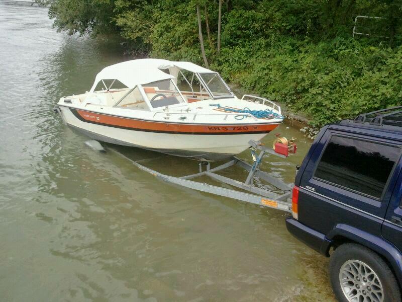 Sportboot mit Bodenseezulassung und Trailer
