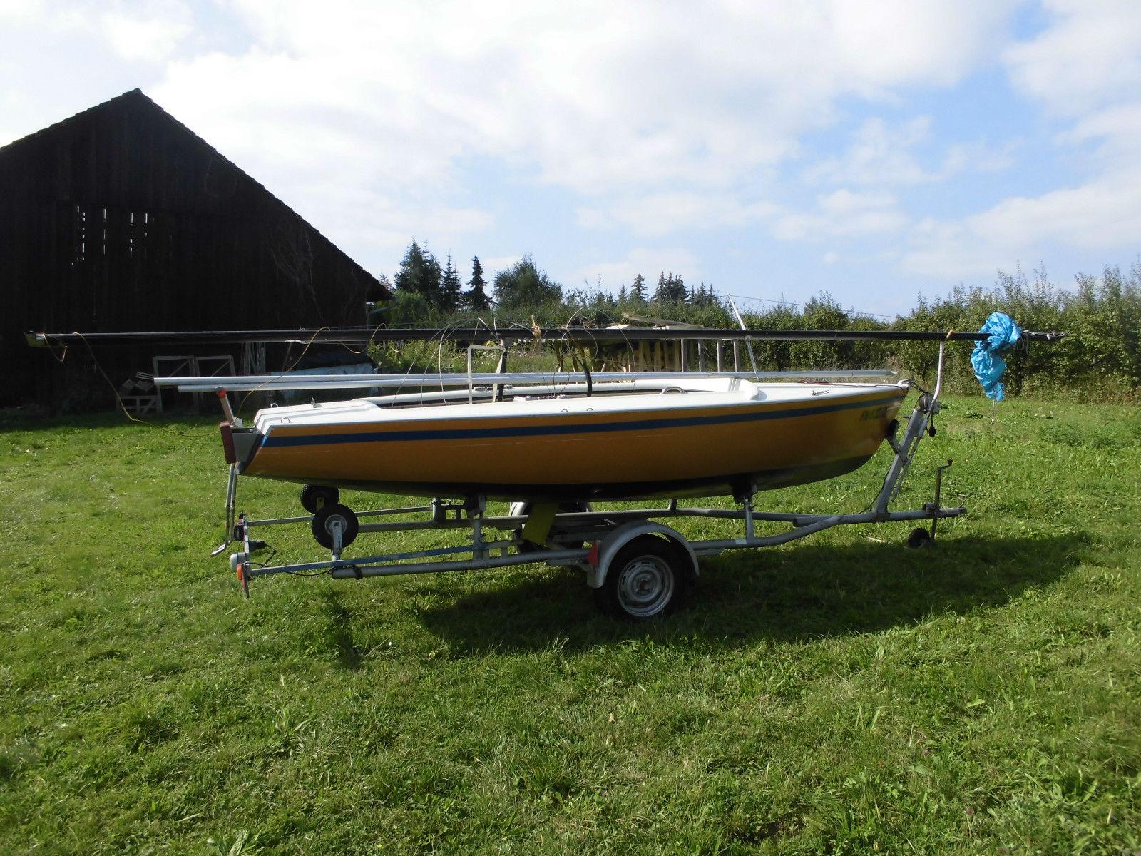 Segelboot,Jolle Fritzmeier Monarch Hubkiel mit trailer und Bodenseezulasung