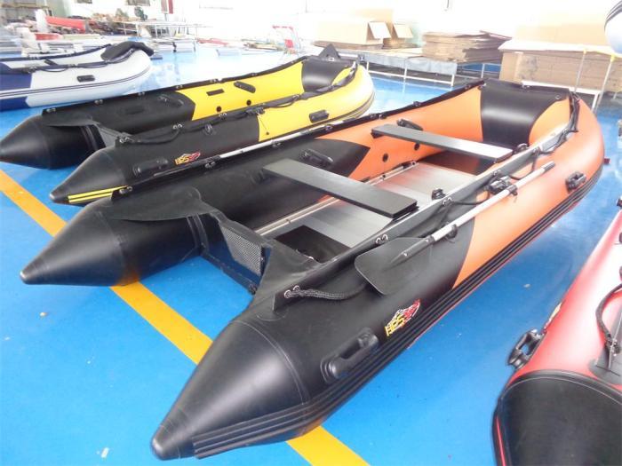 Schlauchboot 3,90m x 1,70 mit Aluboden und viel Zubehör  von HPS-Boats